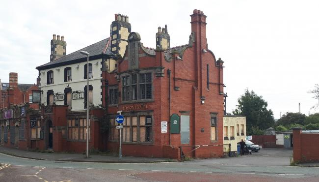 Station Hotel in Ellesmere Port.