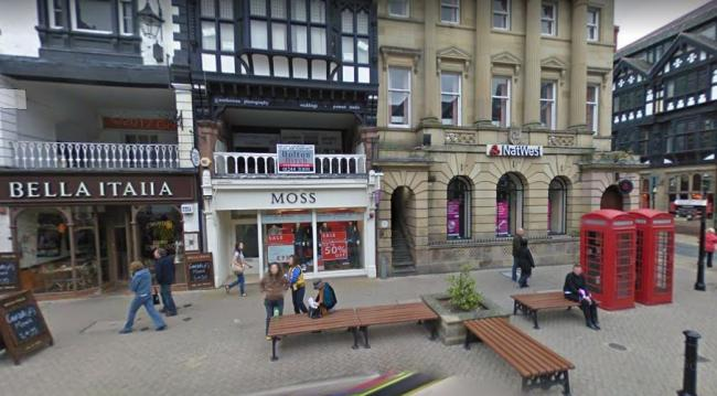 Police hunting man who punched 59-year-old Flintshire woman unconscious in Chester city centre