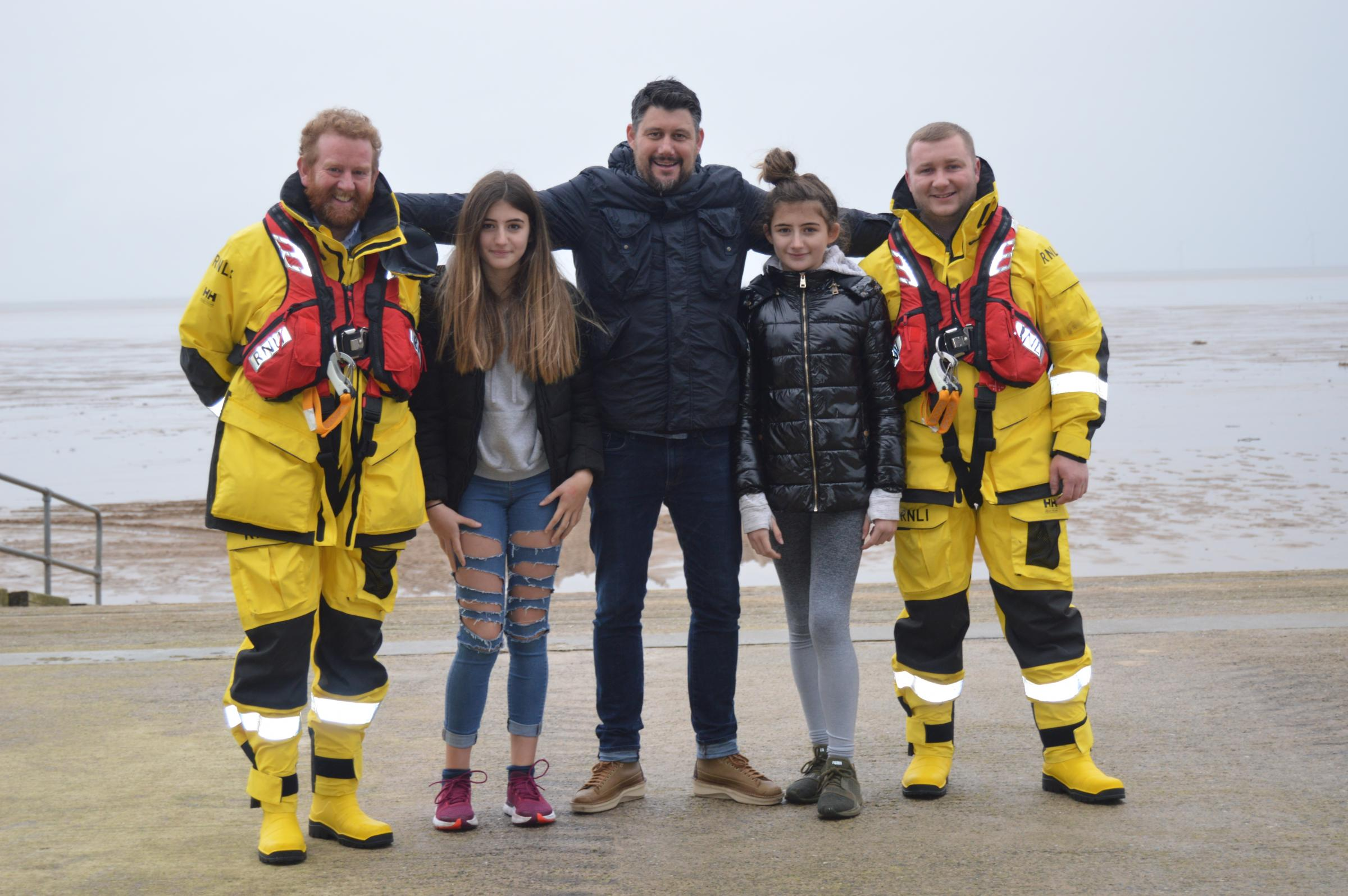 Ellesmere Port family show support for RNLI charity which saved their twin daughters' lives
