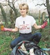 Anti-litter campaign supporter: TV celebrity Anthea Turner