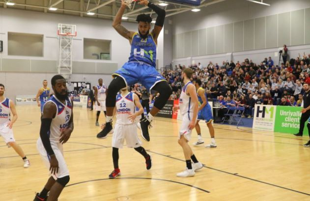Action from Cheshire Phoenix v London City Royals. Photo: ADAM DAY.