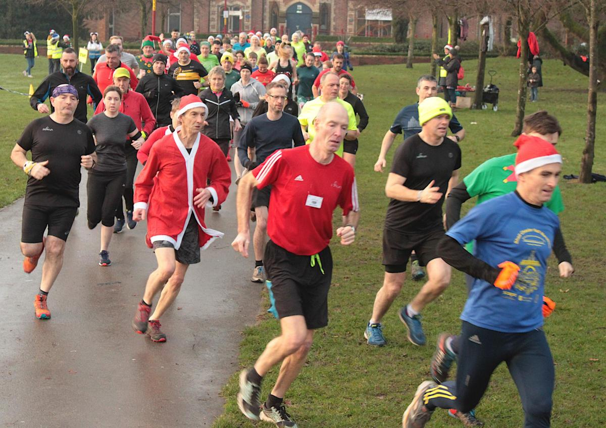 Christmas Parkrun.Ellesmere Port Hosts Christmas Day Parkrun Chester And
