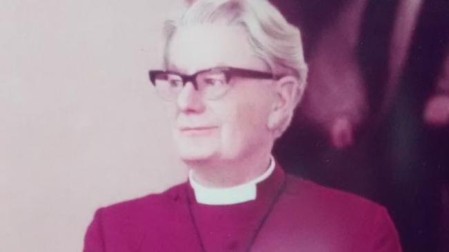 Late Bishop of Chester Victor Whitsey.